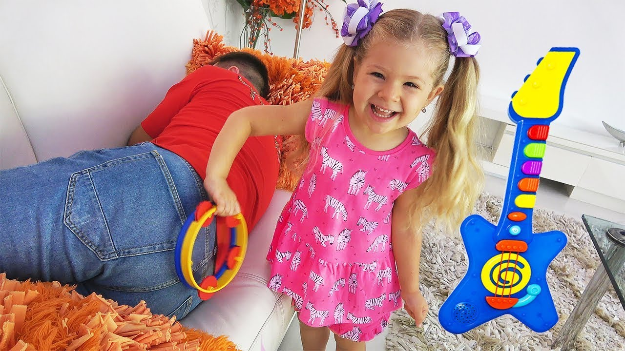 Diana Pretend Play with Musical Instruments Toys for Kids ...