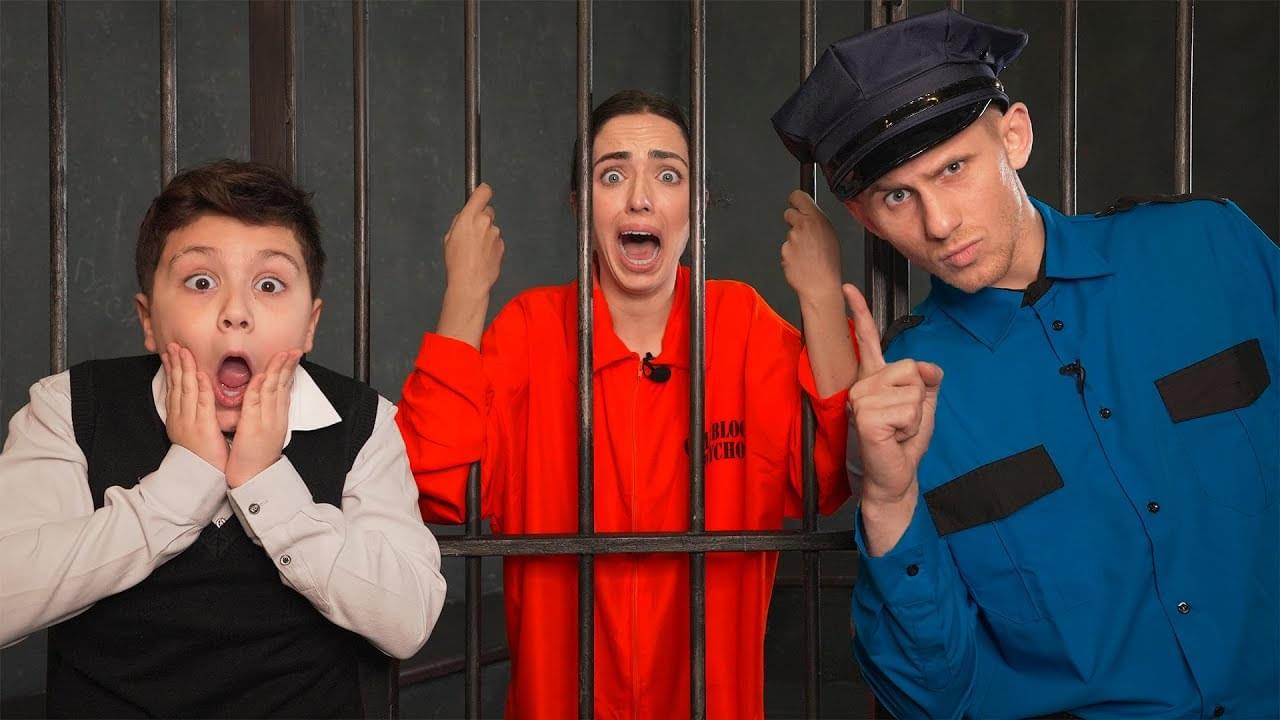 Камиль и Аминка — Побег Из Тюрьмы… УЧИЛКУ ПОСАДИЛИ! Лайфхак как сбежать из Тюрьмы