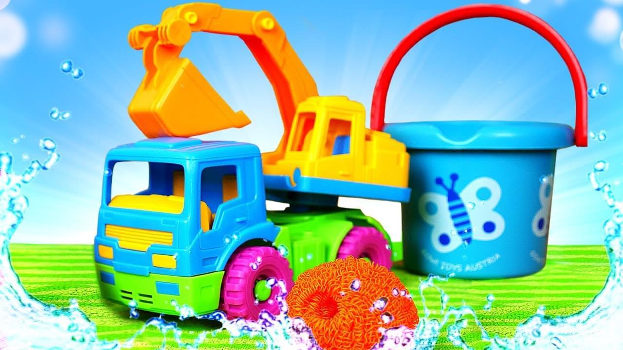 Капуки Кануки — Экскаватор принимает ванну? Развивающее видео для детей с игрушками — Пора купаться