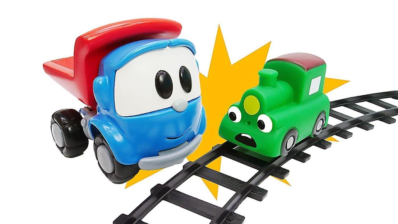 ДиДи ТВ — Грузовичок Лева везет детские игрушки домой. Где живут машинки? Развивающие игры для самых маленьких
