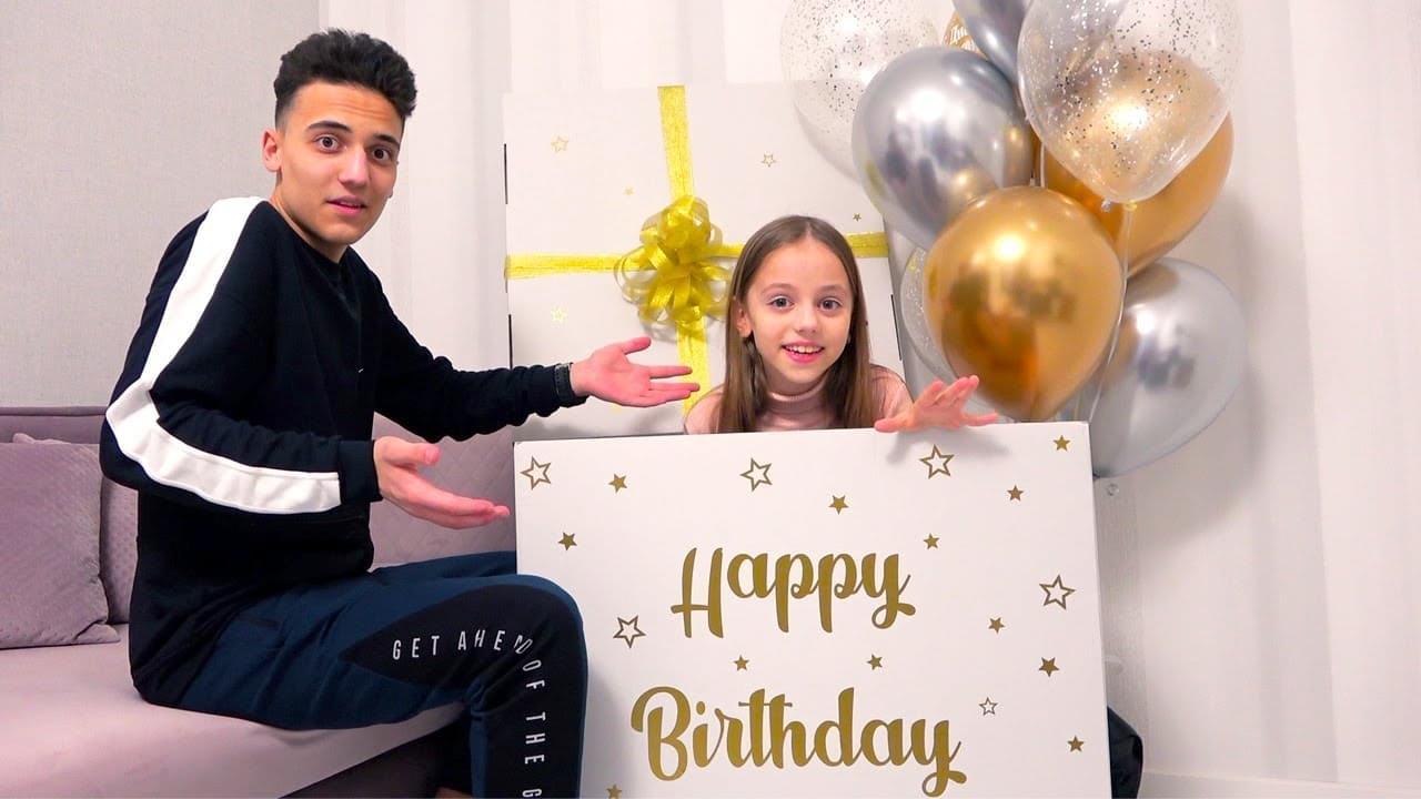 Май Литл Настя — День Рождения моего брата ПОДАРКИ для Саши и Насти My little Nastya