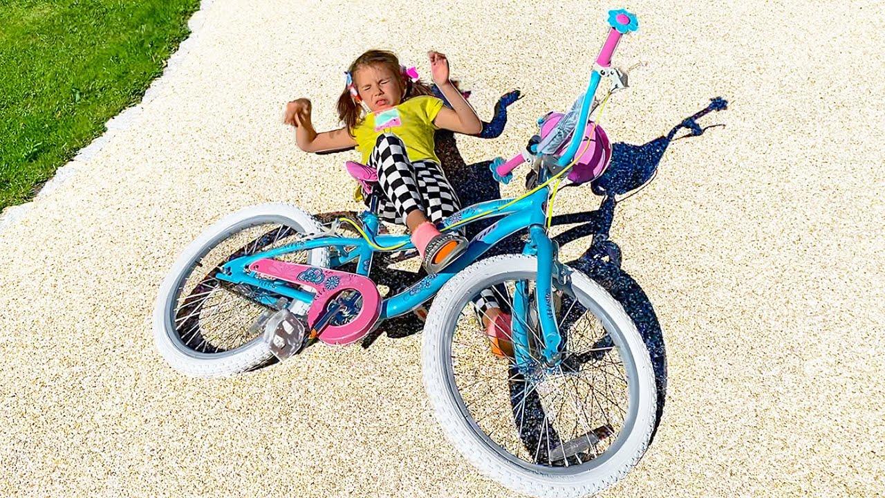 Мисс Кейти — Катя учится кататься на велосипеде