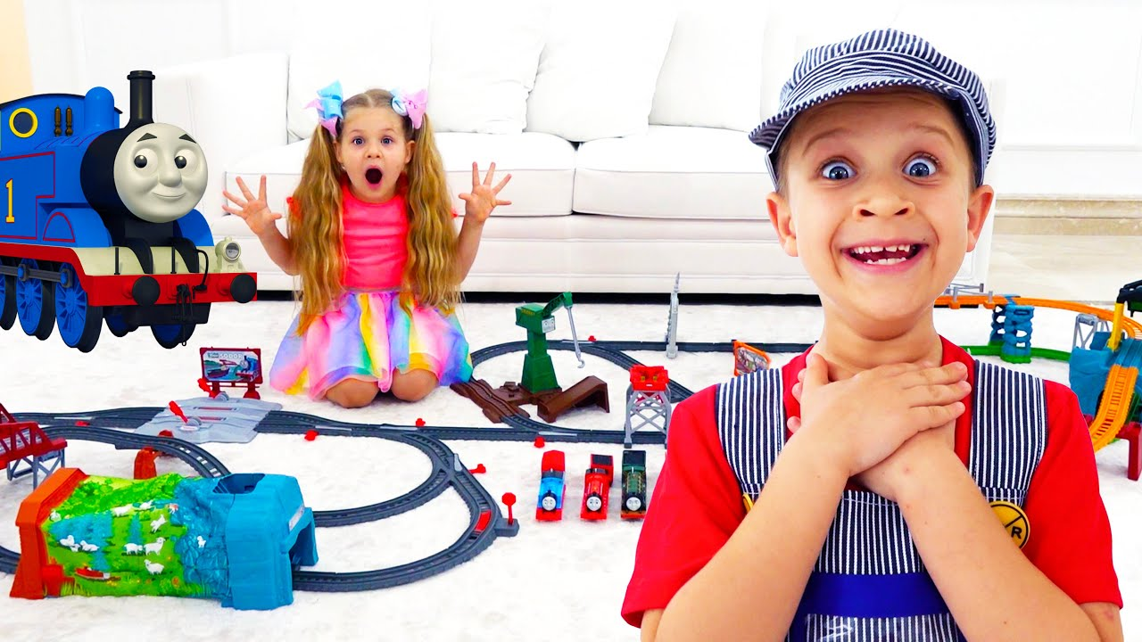 Кидс Рома Шоу — Roma and Diana play and have fun with New Toy Cars and Playsets