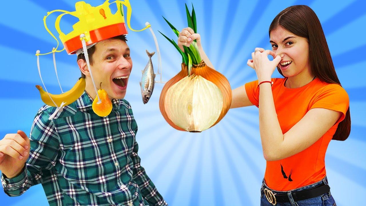 Лучшие Подружки — Смешные видео игры — Прикольные ЧЕЛЛЕНДЖИ с Едой! — Весёлые игры для девочек в видео шоу Вики