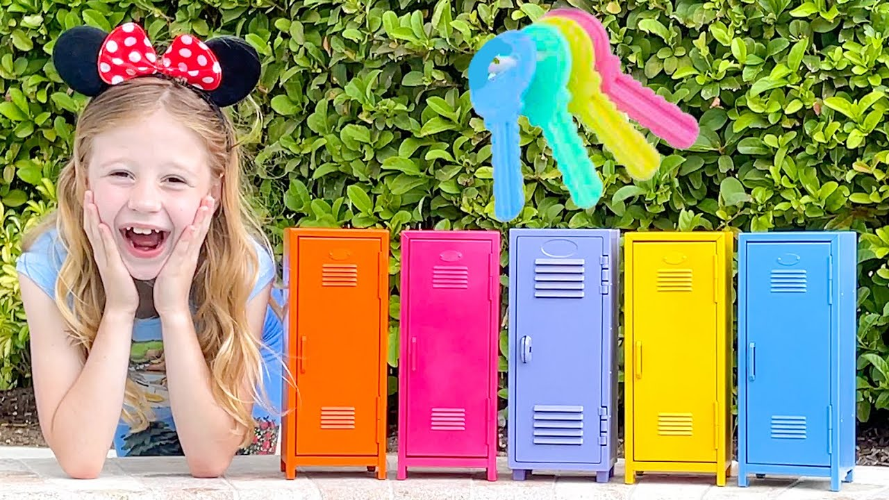 Nastya and Daddy solve the mystery challenge of 5 keys