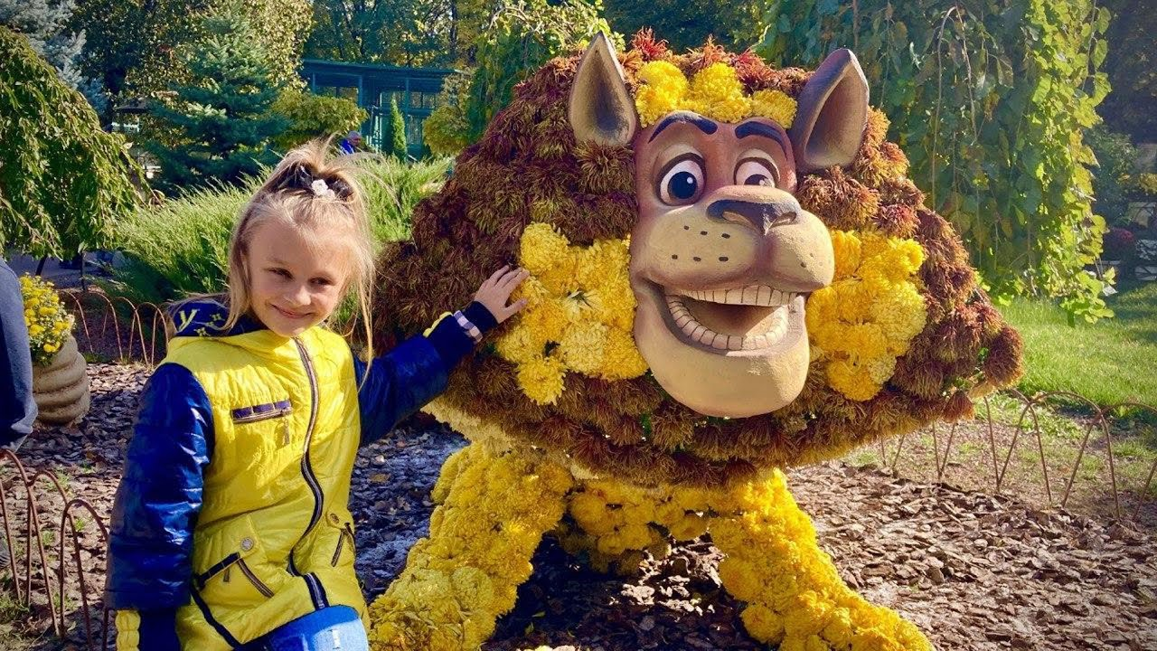 Тики Таки Кидс — Дети животные и бал хризантем | Ярослава в зоопарке | Tiki Taki Kids