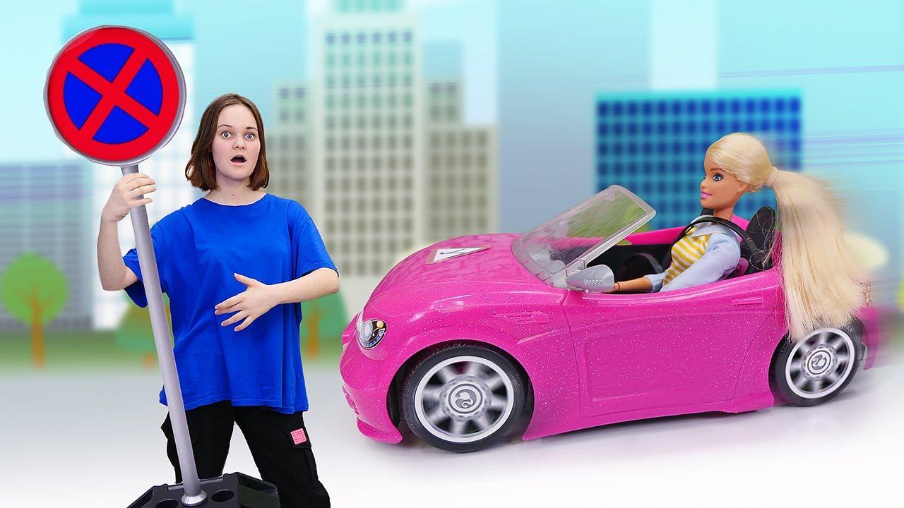 Лучшие Подружки — Смешные видео — Кукла БАРБИ учится водить Машину! — Новые игры для девочек с Barbie Doll