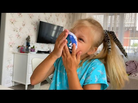 Алиса делает мини ПОПИТ Pop it и СКВИШ 13 карт СВОИМИ РУКАМИ! How to make Squishy & POP IT 13 karts