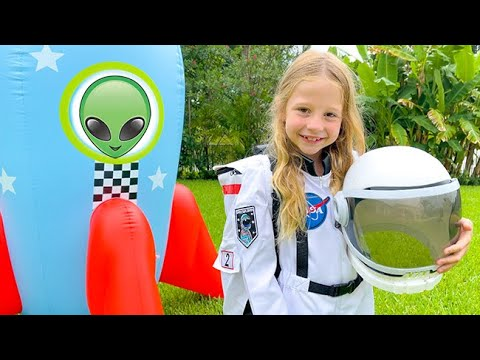 Nastya flies to aliens to learn about space.
