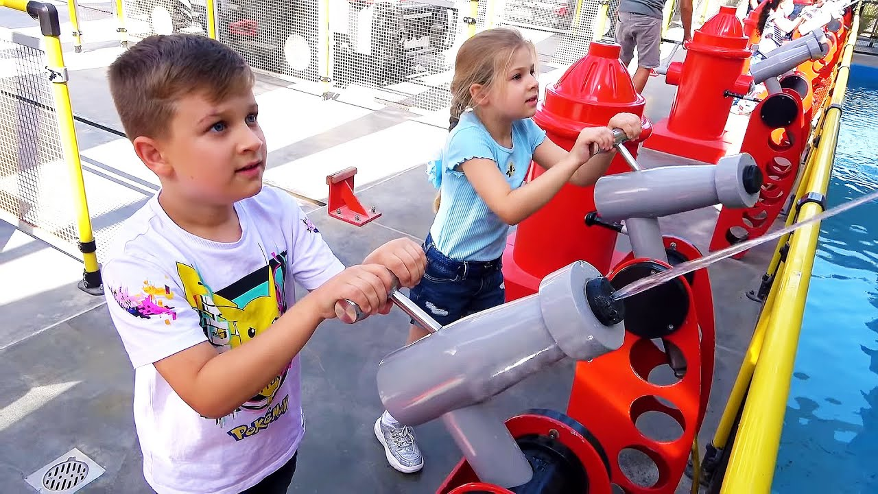 Diana and Roma have fun and play different games on the weekend — family vlog
