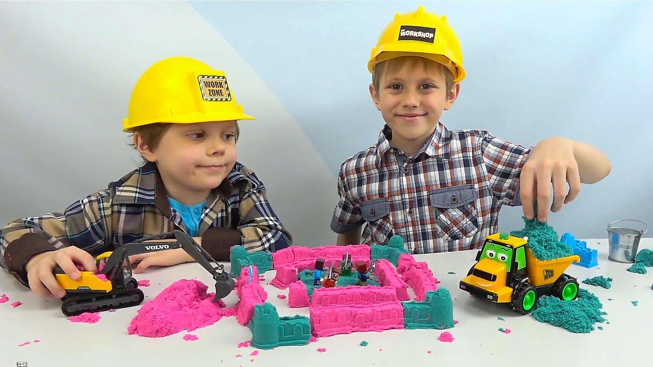 Блестящий КИНЕТИЧЕСКИЙ ПЕСОК для детей. Даник и Никита строят ПЕСОЧНЫЙ ЗАМОК! Kinetic Sand Shimmer