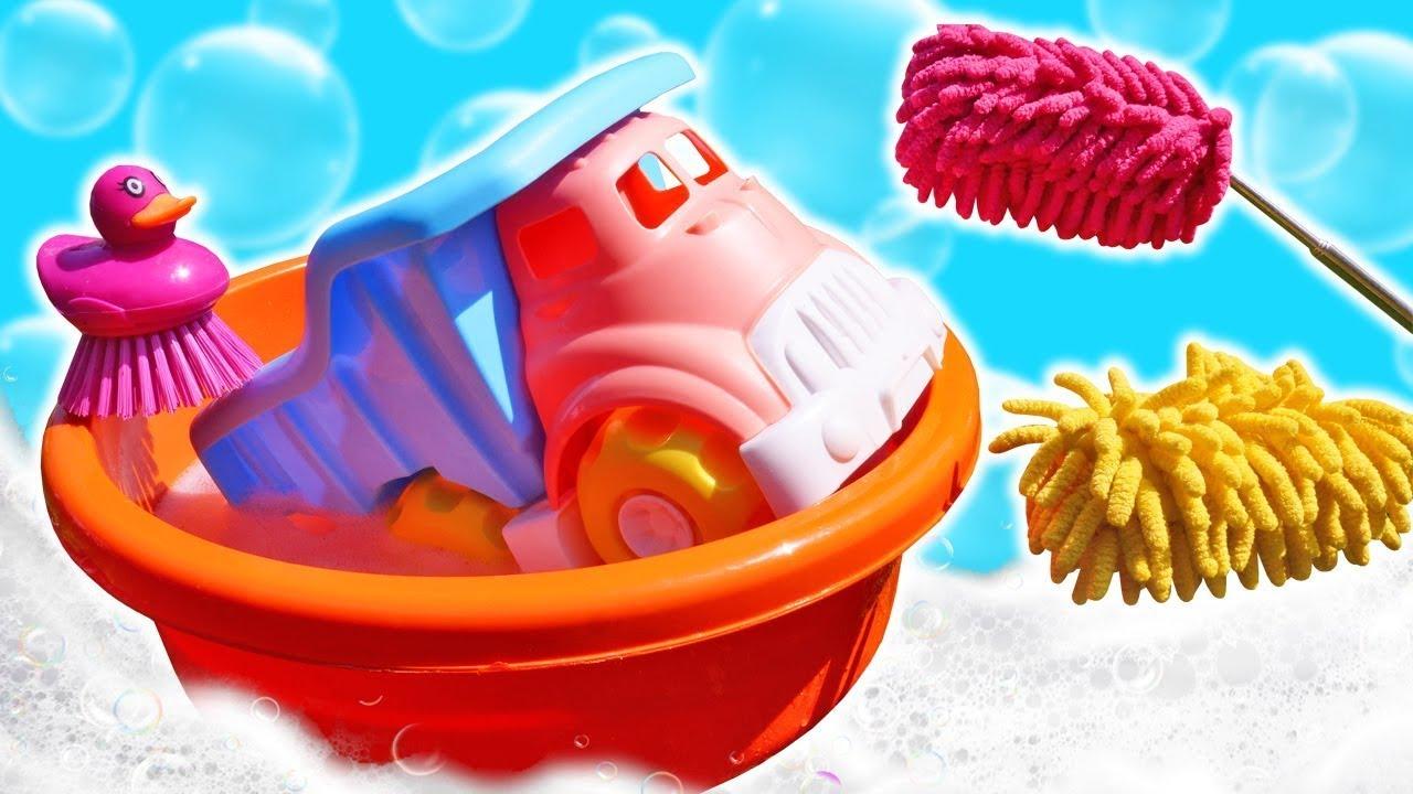 ДиДи ТВ — Развивающие мультики — Грязный грузовичок — Моем игрушки в видео для детей Пора Купаться