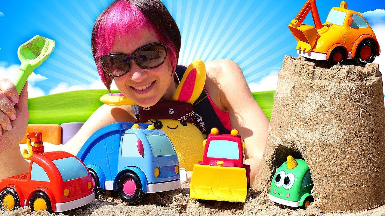 Капуки Кануки — Игры в песочнице: домик для машинок Мокас! Видео про машинки на Капуки Кануки