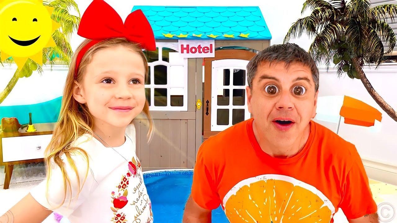 Настя играет в гостиницу вместе с папой. Веселая история для детей.