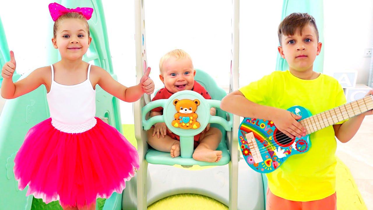 Кидс Рома Шоу — Roma and Diana learn to have fun and play sports. Activities for kids