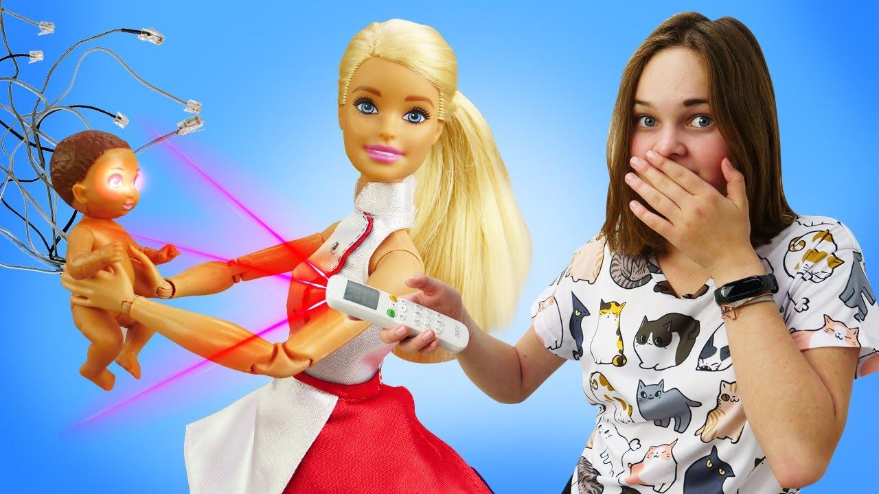 Лучшие Подружки — Видео приколы — У куклы БАРБИ малыш робот! — Весёлые видео игры одевалки для девочек с Barbie Doll